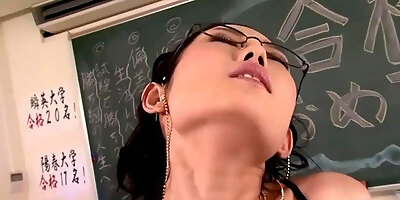 asian squirter babe pussy fucked doggystyle