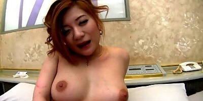 babe touches her tits and fibgers her wet cunt