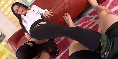 older chinese woman shows cunt in car put dick in part 3