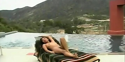 sunbathing asian has her cunt tongued